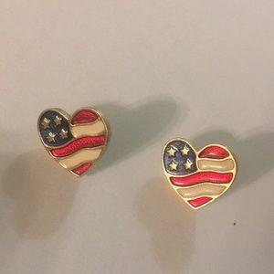 Avon🇺🇸 American flag 🇺🇸 earrings